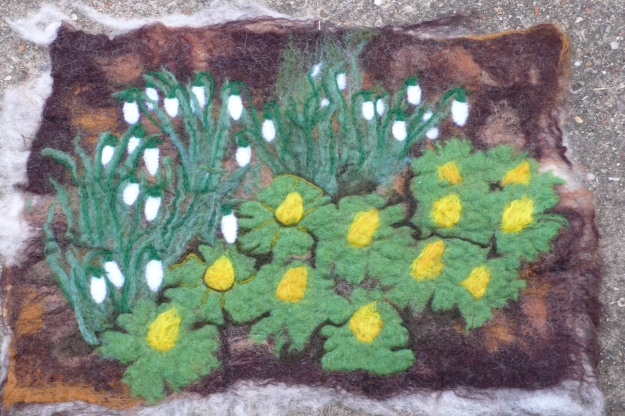 spring flowers felt picture
