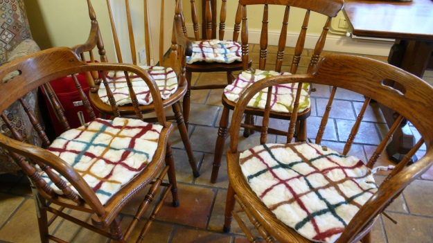 chair pads made of felt